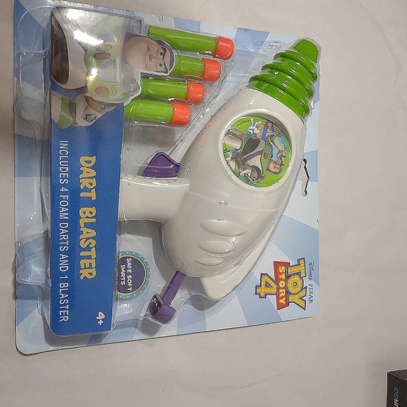 Buzz Light-year Dart Blaster